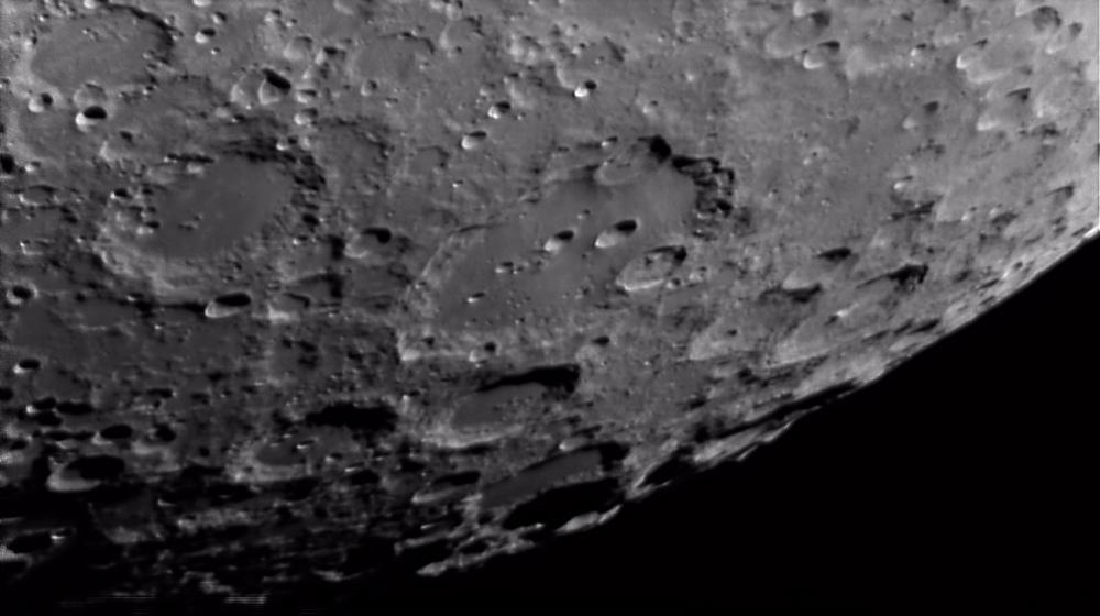La Lune - Page 18 Region_clavius_50