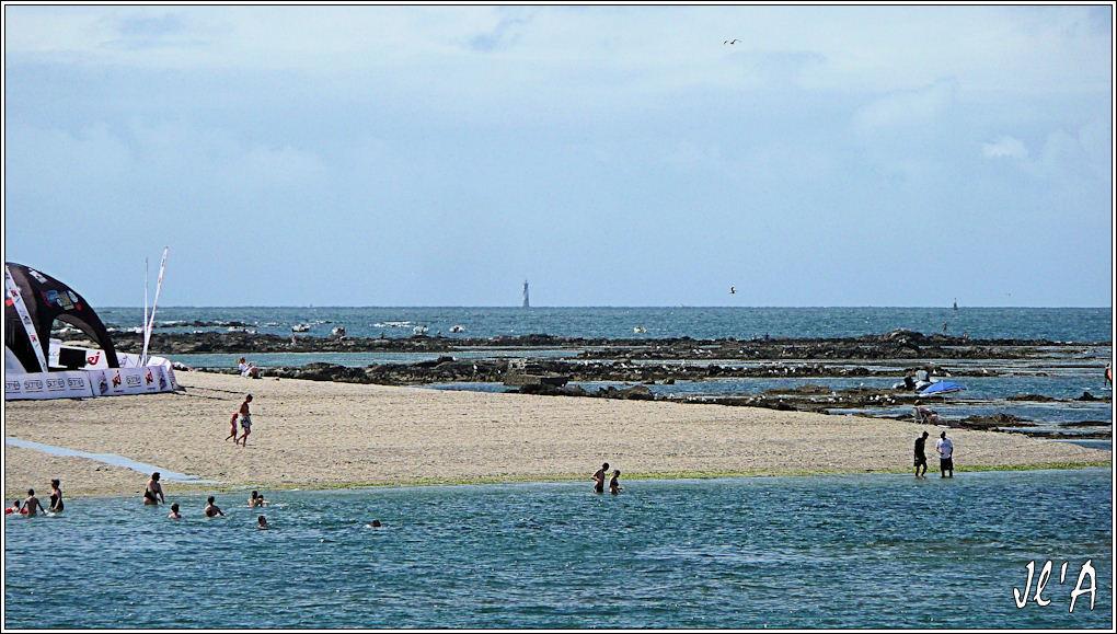 [Activité hors Marine des ports] LE CROISIC Port, Traict, Côte Sauvage... - Page 4 G05%20phare%20du%20Four%20TZ313404
