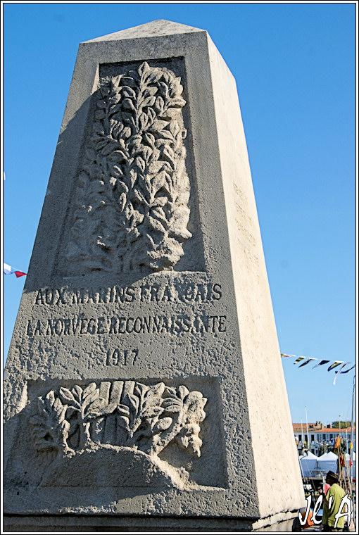 [Histoires et Histoire] Monuments aux morts originaux Français Tome 1 - Page 6 Monument%20aux%20morts%20de%20Port%20Joinville%20A39914
