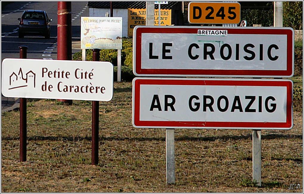 [Activité hors Marine des ports] LE CROISIC Port, Traict, Côte Sauvage... - Page 4 Le%20Croisic%20Panneau%20entr%C3%A9e%20PICT12819