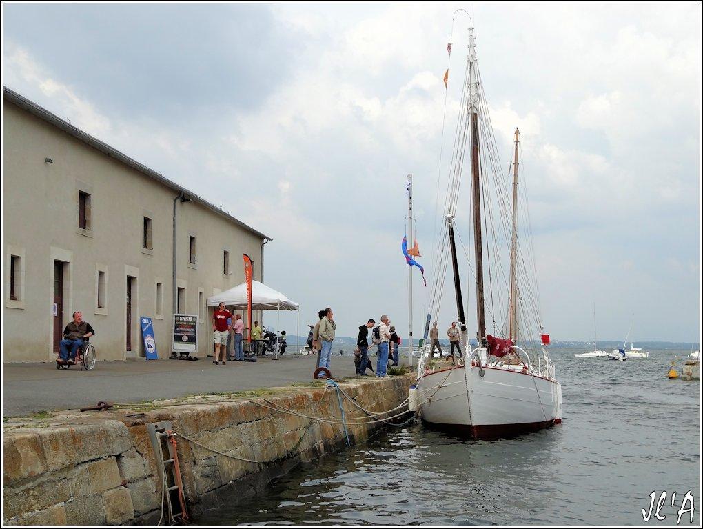 [Activité hors Marine des ports] LE CROISIC Port, Traict, Côte Sauvage... - Page 5 N94-a54%20Kurun%20%C3%A0%20quai%20S20V02629