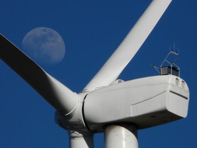 (Portugal) Construction du parc éolien du Sabugal - Page 5 P1130876.JPG