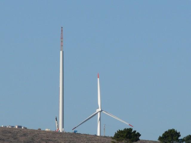 (Portugal) Construction du parc éolien d'Aldeia Velha - Page 2 P1130380.JPG