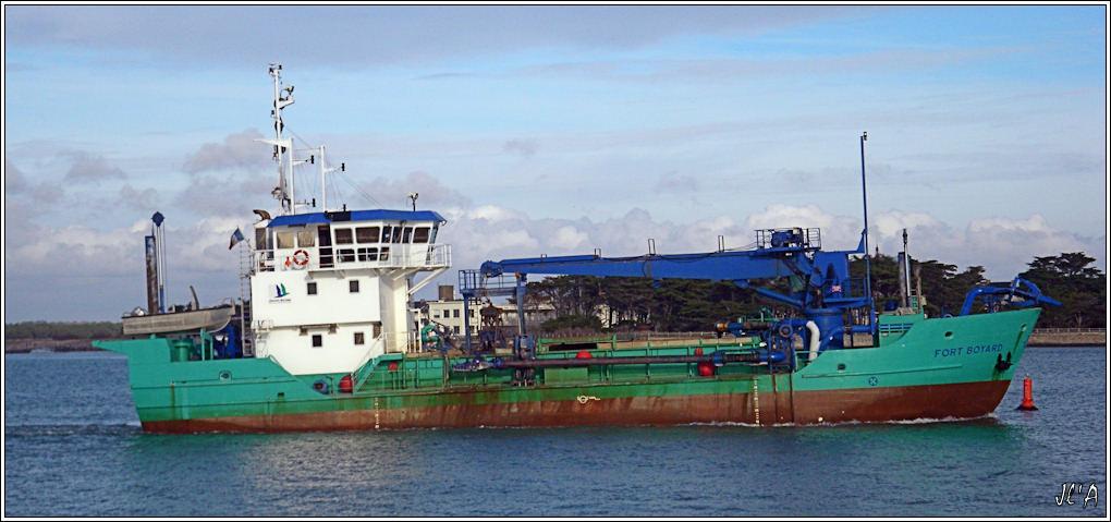 [Activité hors Marine des ports] LE CROISIC Port, Traict, Côte Sauvage... - Page 2 B08-G60013209%20retour%20de%20Fort%20Boyard