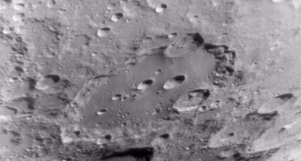 La Lune - Page 18 Clavius02_04_2012-22_47_48
