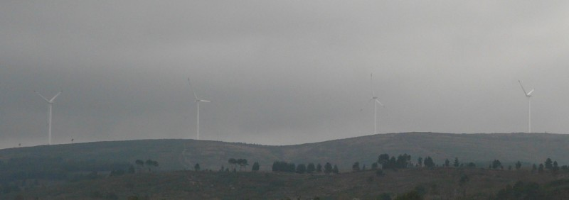 (Portugal) Construction du parc éolien du Sabugal - Page 4 P1120213.JPG