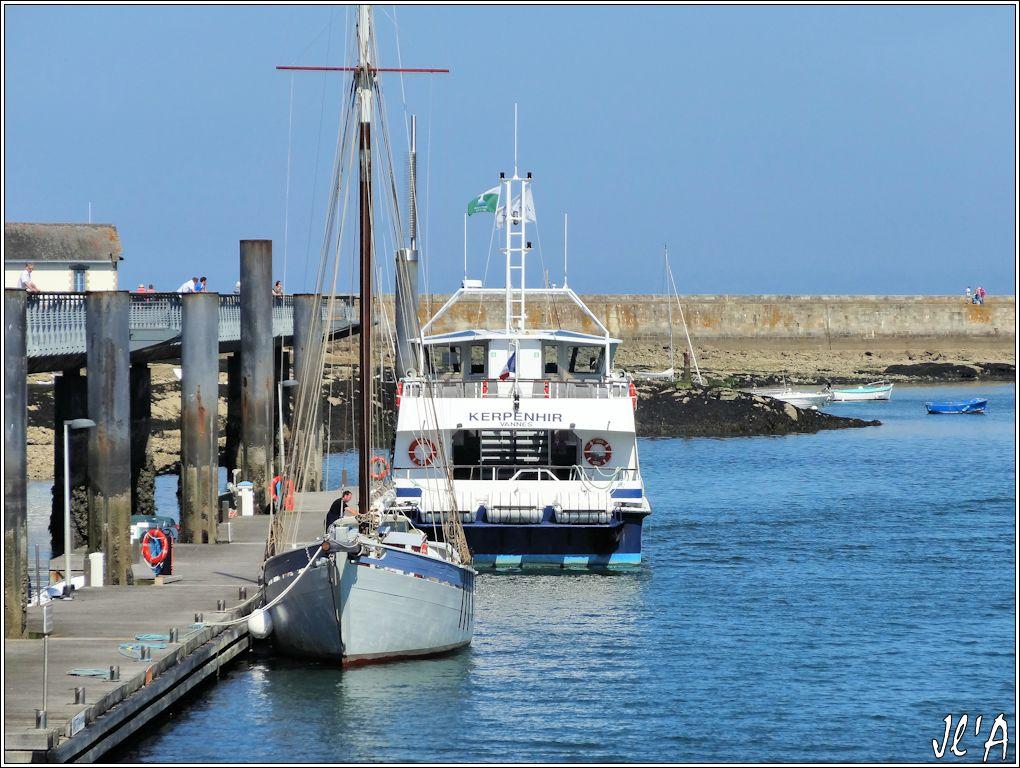[Activité hors Marine des ports] LE CROISIC Port, Traict, Côte Sauvage... - Page 5 P60-34%20estacade%20Jeune%20Ariane%20et%20Kerpenhir%20S20V03721
