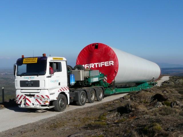 (Portugal) Construction du parc éolien d'Aldeia Velha - Page 2 P1130328.JPG