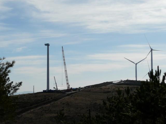 (Portugal) Construction du parc éolien d'Aldeia Velha - Page 2 P1130490.JPG