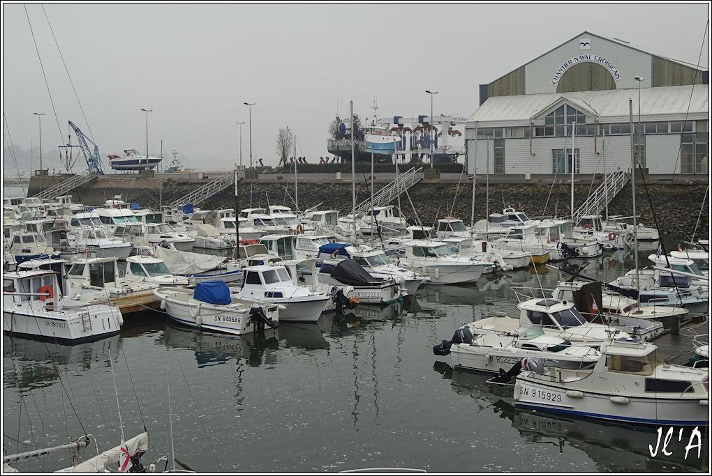 [Activité hors Marine des ports] LE CROISIC Port, Traict, Côte Sauvage... - Page 4 K05-08%20chantier%20naval%20croisicais%20S20V02056