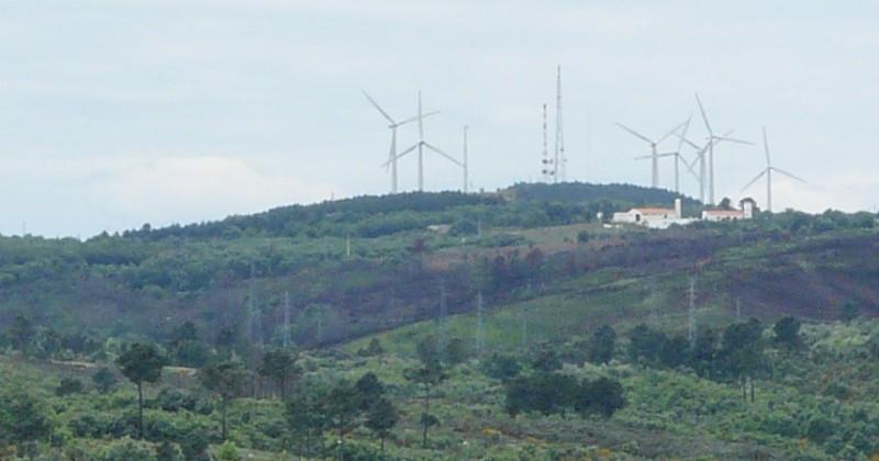Quelques photos d'éoliennes au Portugal 0806080044.JPG