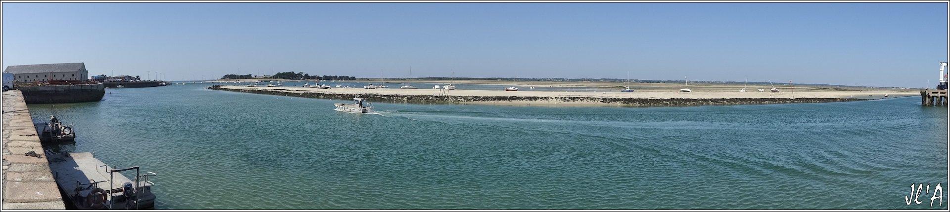 [Activité hors Marine des ports] LE CROISIC Port, Traict, Côte Sauvage... - Page 5 Q22-13%20panorama%20Ancienne%20cri%C3%A9e%20traict%20mar%C3%A9e%20basse%20chantier%20naval%20S20V03940