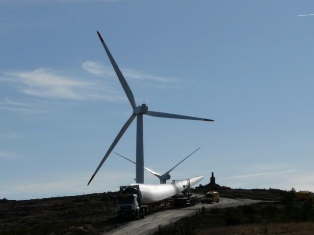 (Portugal) Construction du parc éolien d'Aldeia Velha - Page 2 P1130509.JPG