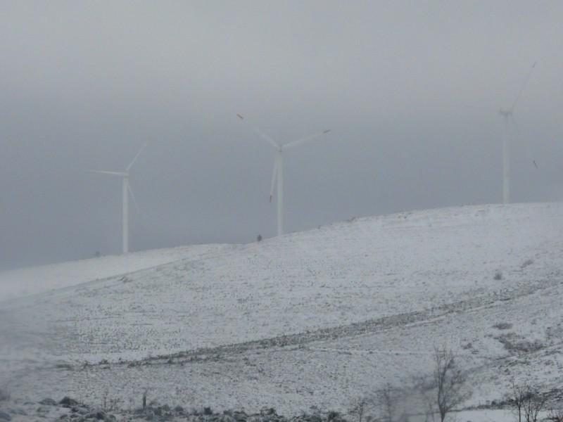 (Portugal) Construction du parc éolien du Sabugal - Page 4 P1120414.JPG