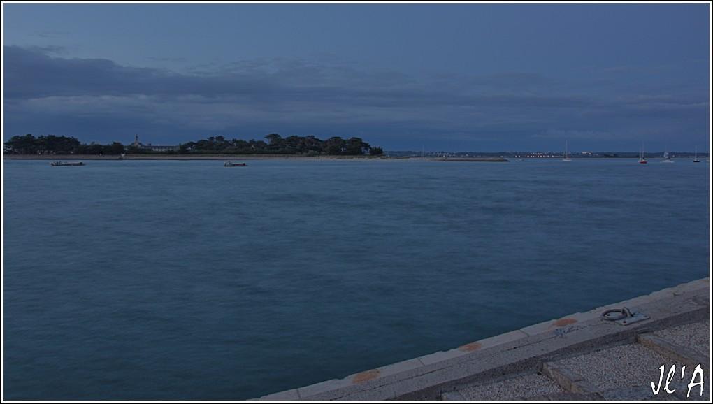 [Activité hors Marine des ports] LE CROISIC Port, Traict, Côte Sauvage... - Page 8 Sb87%2015-e9%2021h45%20Pen%20Bron%20et%20le%20traict%20_A05894