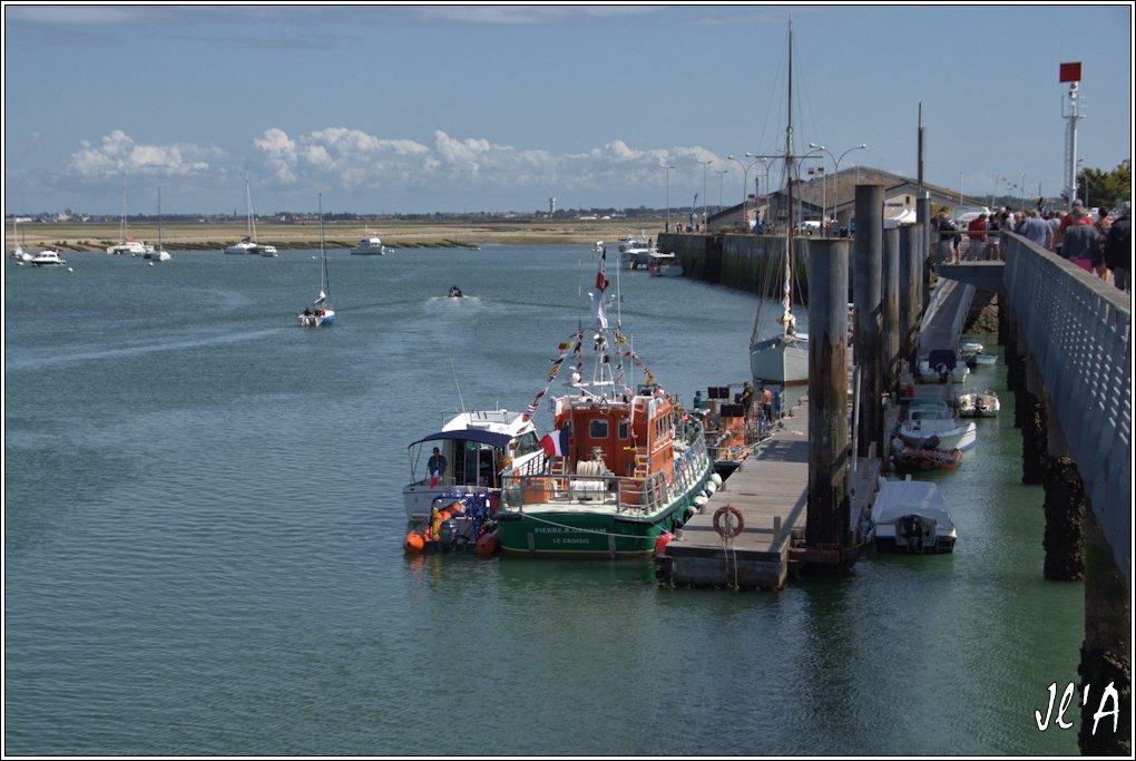 [Activité hors Marine des ports] LE CROISIC Port, Traict, Côte Sauvage... - Page 7 Sb46%2015-65%20l%27estacade%20_A%2005780