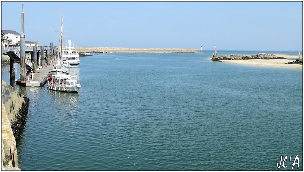 [Activité hors Marine des ports] LE CROISIC Port, Traict, Côte Sauvage... - Page 5 P64-39%20l%27estacade%20S20V03769