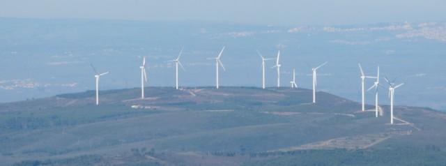 (Portugal) Construction du parc éolien du Sabugal - Page 4 0902150007%20640.jpg
