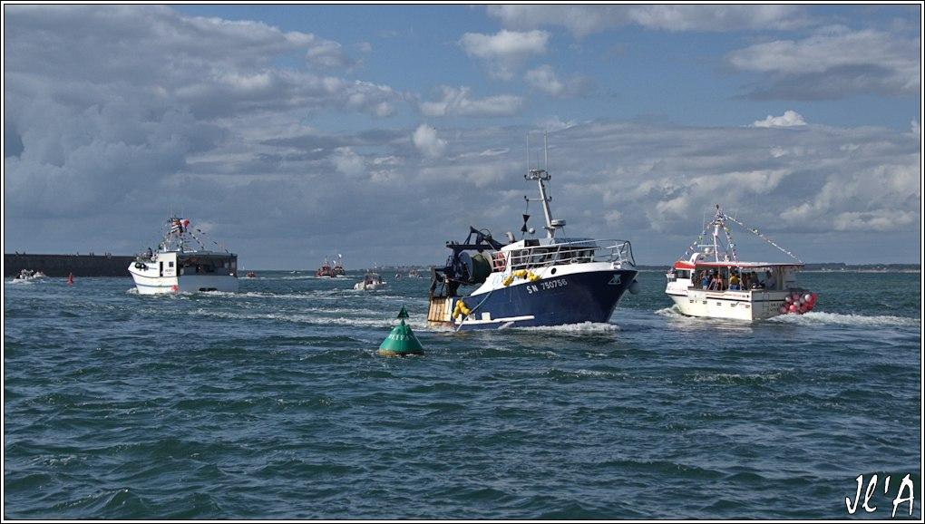 [Activité hors Marine des ports] LE CROISIC Port, Traict, Côte Sauvage... - Page 8 Sb70%2015-b5%20sortie%20Kab%20David%202%20Ar%20Tarz%20%20entr%C3%A9e%20Le%20Tr%C3%A9hic%20_A%2005849
