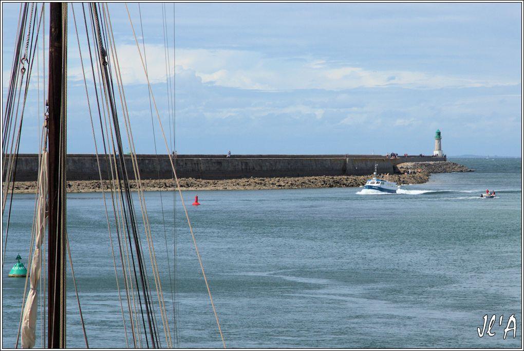 [Activité hors Marine des ports] LE CROISIC Port, Traict, Côte Sauvage... - Page 7 Sb20a14-16%20retour%20de%20p%C3%AAche%20Camelis%202%20_A05688