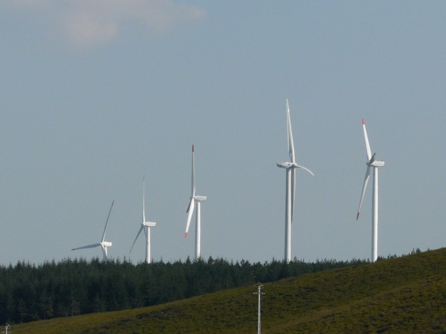 (Portugal) Construction du parc éolien du Sabugal - Page 5 P1140433.JPG