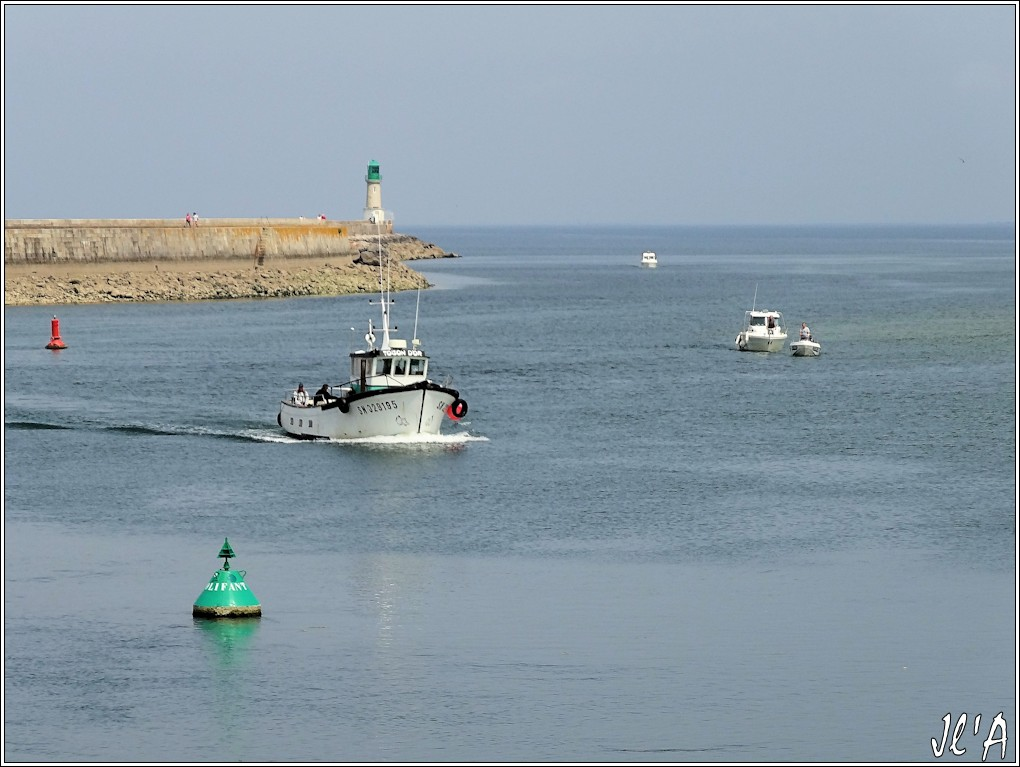 [Activité hors Marine des ports] LE CROISIC Port, Traict, Côte Sauvage... - Page 4 N-10%20entr%C3%A9e%20de%20Toison%20d%27Or%20S20V02540