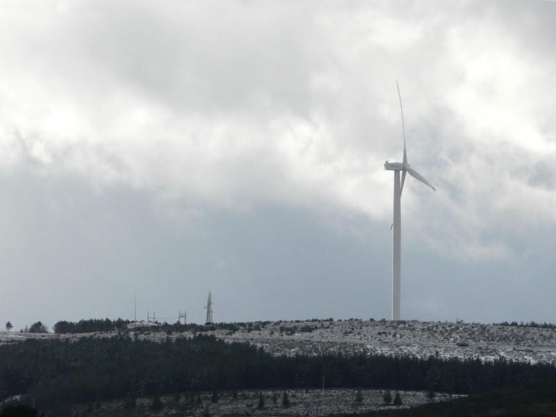 (Portugal) Construction du parc éolien du Sabugal - Page 4 P1120566.JPG
