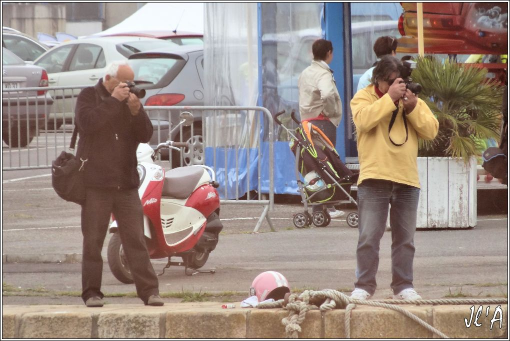 [Activité hors Marine des ports] LE CROISIC Port, Traict, Côte Sauvage... - Page 5 O44-d36%20les%20photographes%20photographi%C3%A9s%20S20V02708