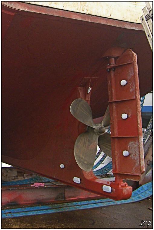 [Activité hors Marine des ports] LE CROISIC Port, Traict, Côte Sauvage... - Page 2 B28-G60013252%20h%C3%A9lice%20du%20chalutier%20Le%20Gamin