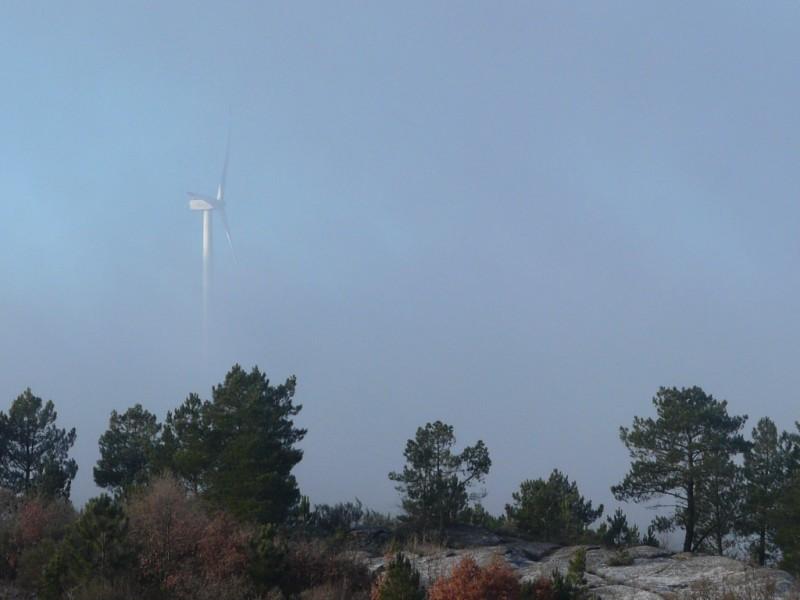 (Portugal) Construction du parc éolien du Sabugal - Page 4 P1120576.JPG