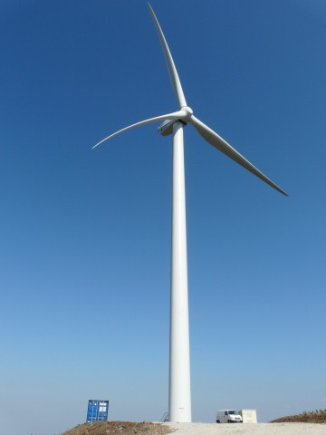 (Portugal) Construction du parc éolien d'Aldeia Velha - Page 2 P1140393.JPG
