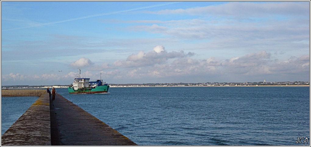 [Activité hors Marine des ports] LE CROISIC Port, Traict, Côte Sauvage... - Page 2 B06-G60013206%20retour%20de%20Fort%20Boyard%20et%20la%20jet%C3%A9e%2016h30