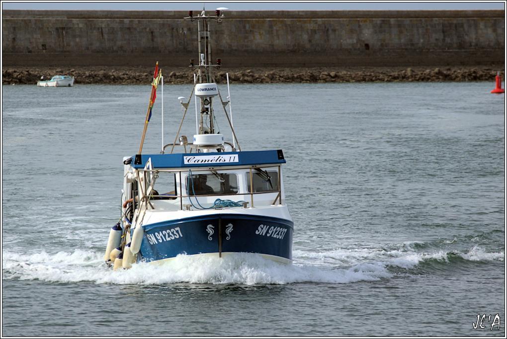 [Activité hors Marine des ports] LE CROISIC Port, Traict, Côte Sauvage... - Page 8 Sc15-16-19%20entr%C3%A9e%20Cam%C3%A9lis%202%20_A06691