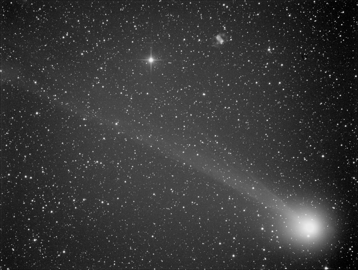Comètes - Page 11 Lovejoy_76__011