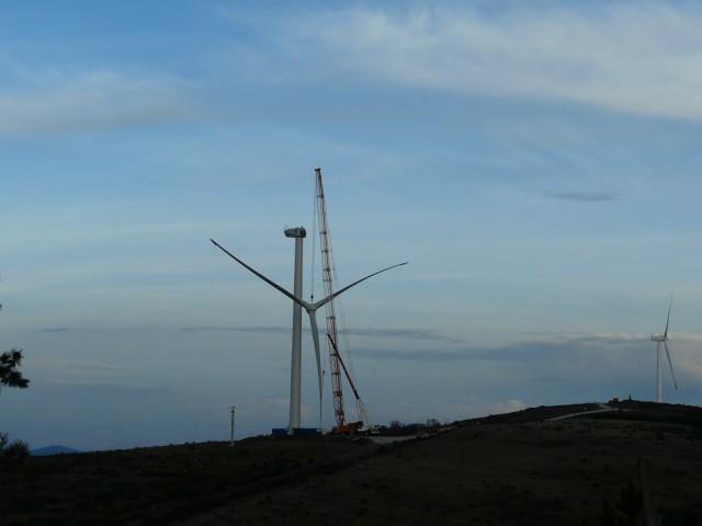 (Portugal) Construction du parc éolien d'Aldeia Velha - Page 2 P1130695.JPG