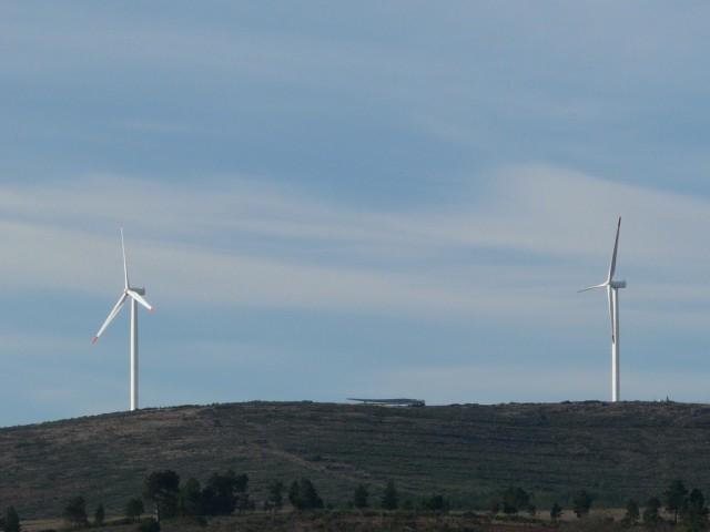 (Portugal) Construction du parc éolien d'Aldeia Velha - Page 2 P1130479.JPG