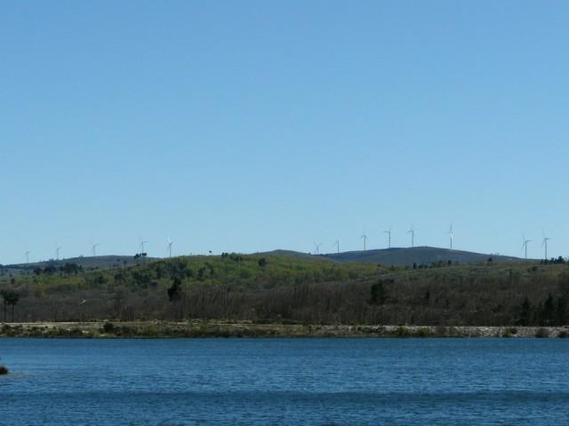 (Portugal) Construction du parc éolien du Sabugal - Page 6 P1150150.JPG
