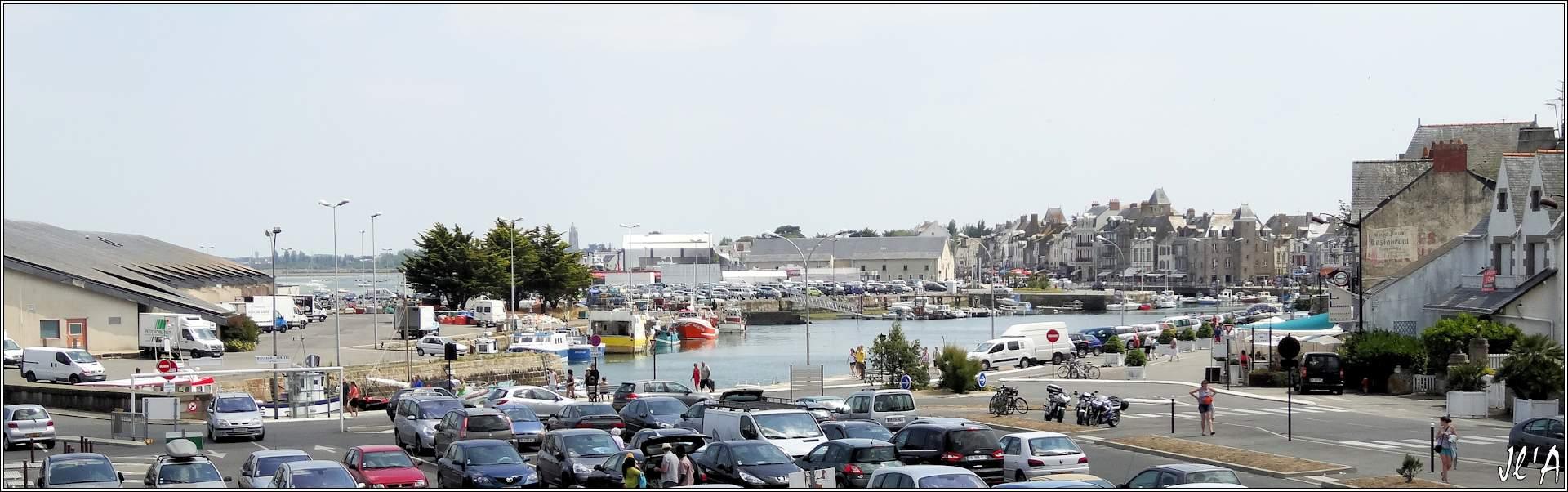 [Activité hors Marine des ports] LE CROISIC Port, Traict, Côte Sauvage... - Page 5 P71-47%20panorama%20du%20port%20de%20p%C3%AAche%20S20V03779