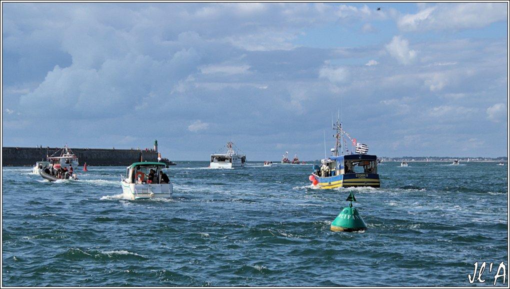 [Activité hors Marine des ports] LE CROISIC Port, Traict, Côte Sauvage... - Page 8 Sb72%2015-b8%20sortie%20Storm%202%20%20_A%2005852