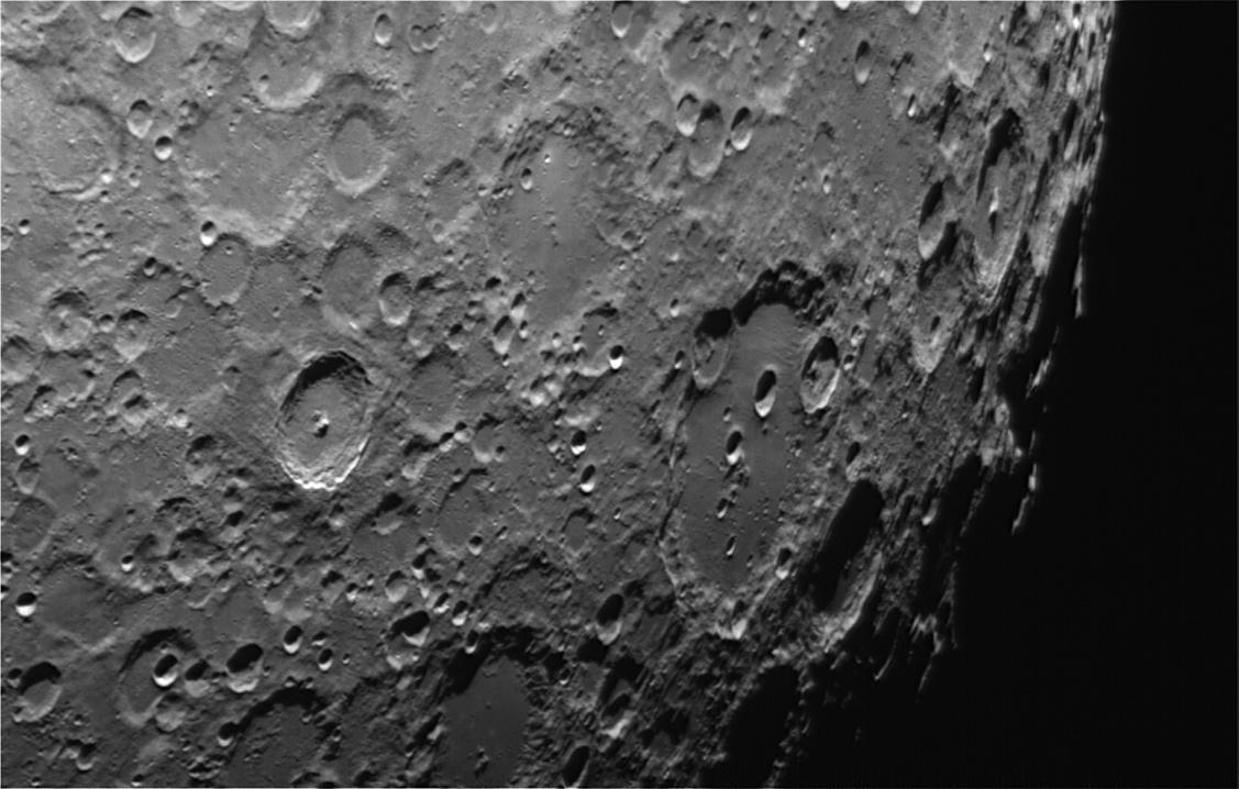 La Lune - Page 23 Region_clavius
