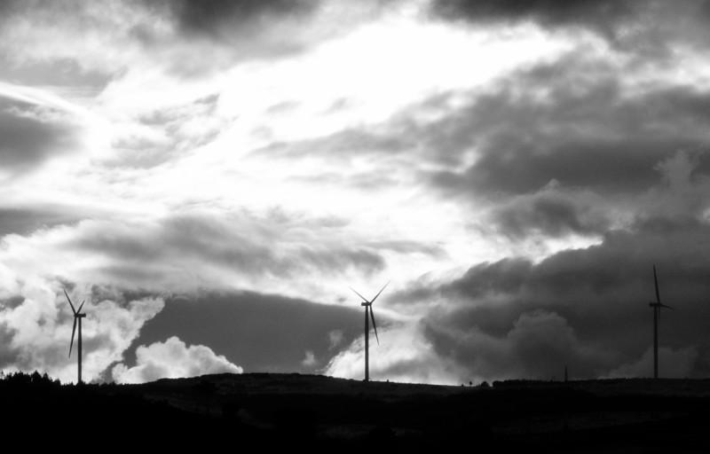 (Portugal) Construction du parc éolien du Sabugal - Page 4 P1120504.JPG