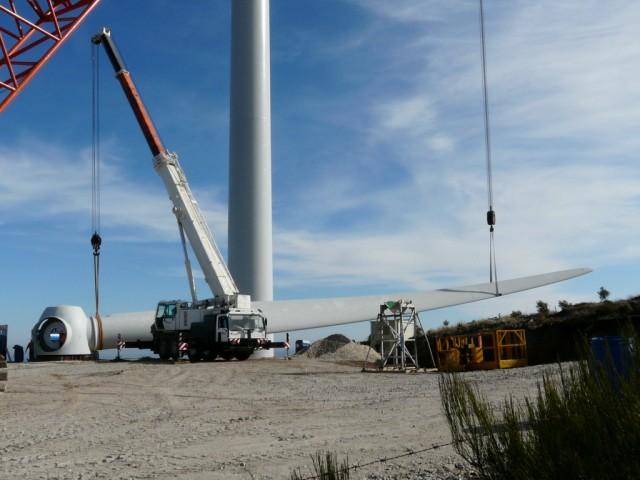 (Portugal) Construction du parc éolien d'Aldeia Velha - Page 2 P1130500.JPG