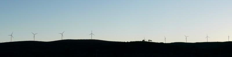 (Portugal) Construction du parc éolien du Sabugal - Page 4 7tournent.JPG