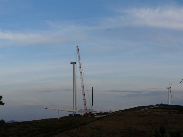 (Portugal) Construction du parc éolien d'Aldeia Velha - Page 2 P1130684.JPG